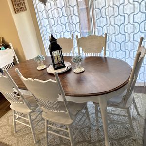 Vintage style farmhouse table with 6 chairs Refinished for Sale in Alpine, CA
