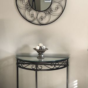 Console Table/Entryway Table for Sale in Fort Washington, MD