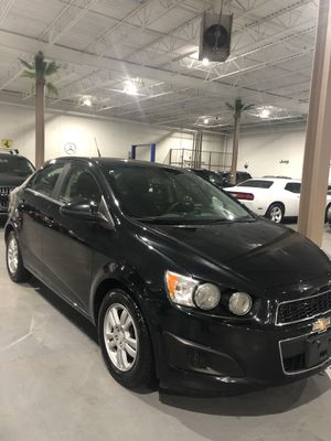 2014 Chevy sonic with 90k Miles for Sale in Lemont, IL