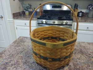 """Longaberger. Christmas collection 1997 edition """"snowflake"""" basket for Sale in Murfreesboro, TN"""