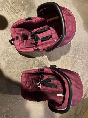 2 car seats good condition for Sale in Greensburg, PA