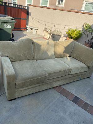 SUPER comfortable cute couch for Sale in El Monte, CA