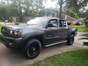 2011 Toyota Tacoma 174 miles blue clean title for Sale in Houston, TX