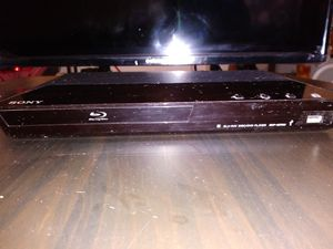 Element TV and Bluray/DVD for Sale in Phoenix, AZ