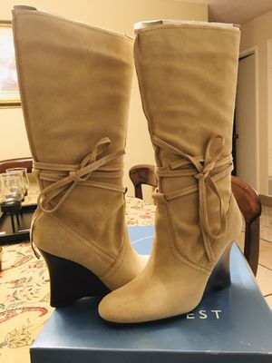 Women's boots for Sale in Newark, CA