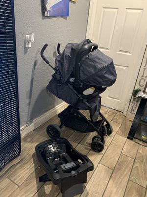 Evenflo stroller and car seat set for Sale in Riverside, CA