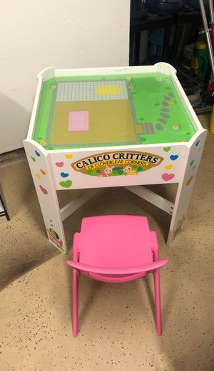 Kid's table and chairs for Sale in Fontana, CA