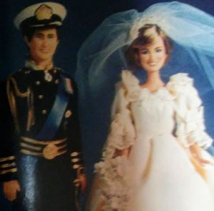 Prince Charles & Princess Diana Royal Wedding [vintage collectible dolls] for Sale in Prineville, OR
