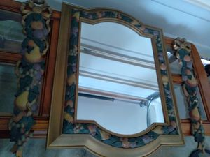 Mirror with matching wall accents for Sale in Riverdale, GA