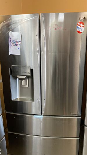 NEW SCRATCH AND DENT LG REFRIGERATOR for Sale in Fort Belvoir, VA