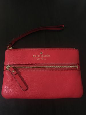 Red Kate spade wallet/wristlet for Sale in San Francisco, CA