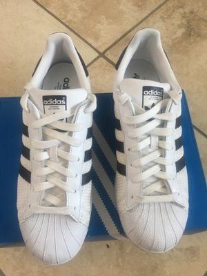 Adidas Superstar M/10.5 for Sale in San Diego, CA