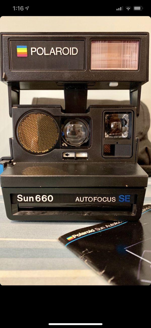 1983 Polaroid Sun660 AutoFocus SE Camera