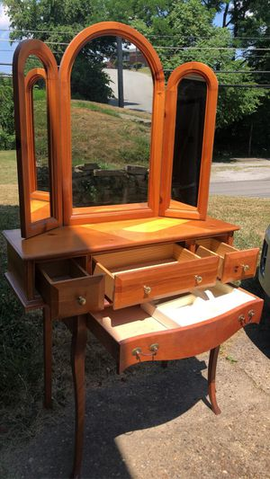 Vanity for Sale in Pittsburgh, PA