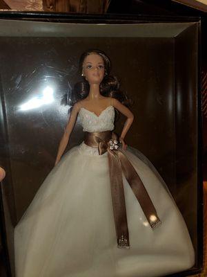 Barbie j0960 monique lhullier for Sale in Corona, CA