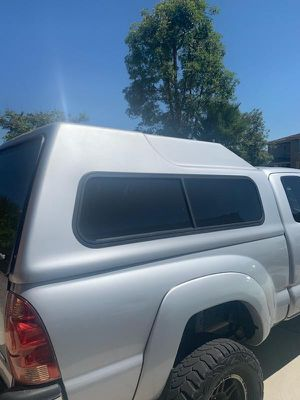Vista Pro Camper Shell Model 100, Toyota Tacoma for Sale in San Marcos, CA