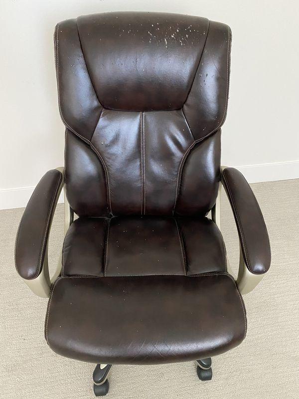 Free Amazon Basic Office Chair