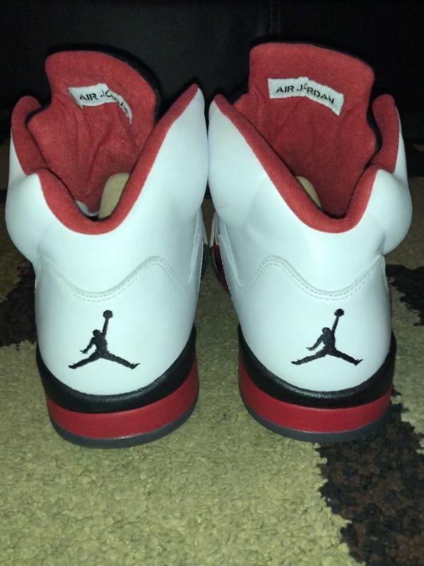Air Jordan 5 Fire Red Retro