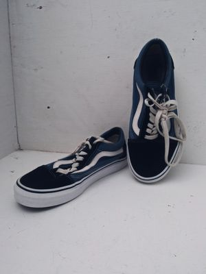 Vans black and blue old skool size 6.5mens 8 womans for Sale in Kennewick, WA