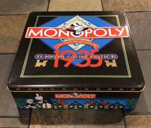 Monopoly 1935 Commemorative Edition (In nice Tin Container) for Sale in Brandon, MS