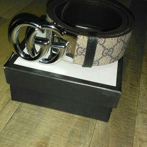 Gucci Reversible Belt (3 Colors) for Sale in Beltsville, MD