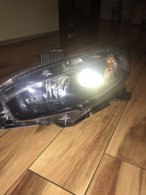 OEM 2016 2017 2018 2019 HONDA CIVIC LEFT LH SIDE HALOGEN BLACK BEZEL HEADLIGHT for Sale in Elgin, IL
