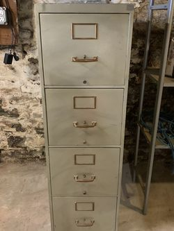 4 Drawer Metal File Cabinet for Sale in Pittsburgh,  PA