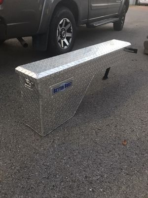 """Better Built wheel well 48"""" tool box for Sale in Hermitage, TN"""