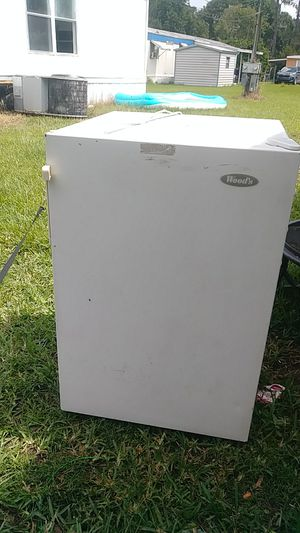 Stand -Up freezer for Sale in Auburndale, FL