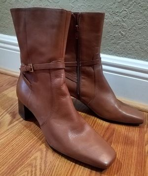 "Jones New York ""Maestro 2"" Womens Ankle Boots Caramel Size 8 1/2 M for Sale in Hollywood, FL"