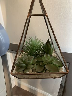 Geometric Plant with Succulents (FAKE) for Sale in Los Angeles, CA