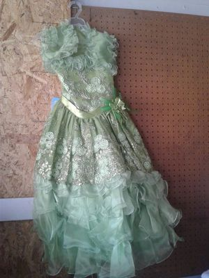 Size 6 all ocassions for Sale in Coraopolis, PA