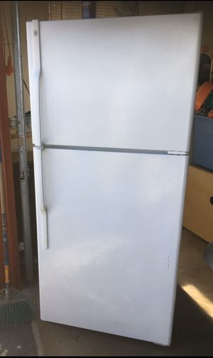 Refrigerator for Sale in Modesto, CA