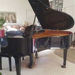 Baby Grand Piano Going For Free for Sale in St. Petersburg, FL