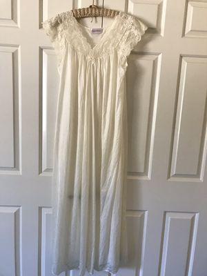 New Shadowline Ivory Nightgown Medium for Sale in La Habra, CA