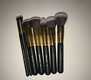 BH Cosmetics Makeup Brushes (8) for Sale in Coral Springs, FL