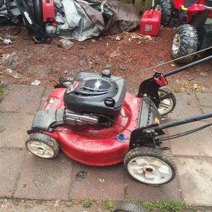 Toro Self Propelled Lawn Mower for Sale in Silver Spring, MD