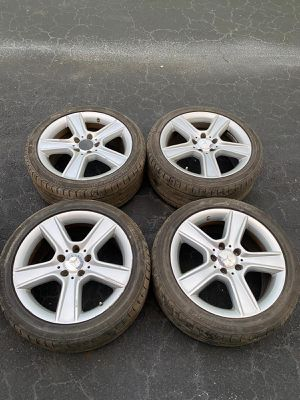 Rims 17 Mercedes benz 5 lugs 112 mm for Sale in Davie, FL