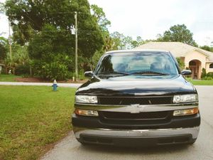 Chevy Silverado 2000 Best For Sale for Sale in New York, NY