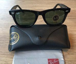 Wayfarer Black Unisex Sunglasses for Sale in Houston,  TX