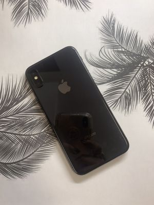 IPHONE X 64gb unlocked for Sale in Chelsea, MA