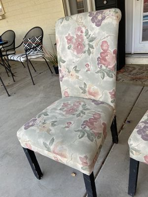 Free dining chairs for Sale in Phoenix, AZ