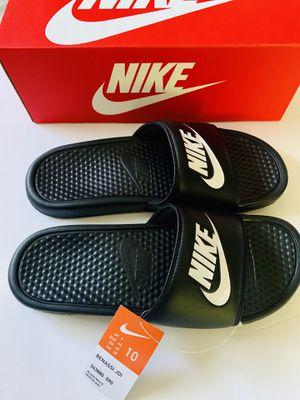 NEW Men's Nike Benassi Slides, Size 10 for Sale in Palmdale, CA