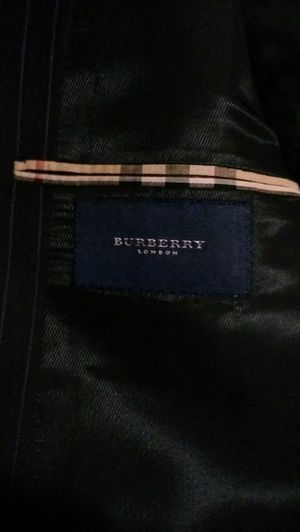 Burberry coat/jacket for Sale in Lakewood, CA
