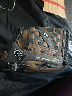 Rawlings 14-inch Softball Glove for Sale in Queens, NY