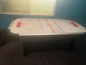 Air hockey table with pucks included!!! for Sale in South Jordan, UT