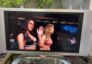 TV LCD SHARP 32 inches - WIDE SCREEN- IN GOOD CONDITION for Sale in Anaheim, CA