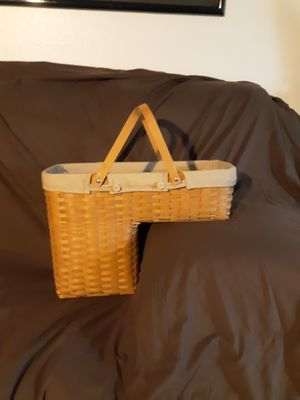 Longaberger step basket 2005, protector and liner for Sale in Las Vegas, NV