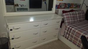 Ikea dresser.. for Sale in Leesburg, VA