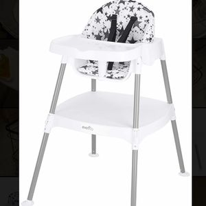 4 In 1 High chair for Sale in City of Industry, CA